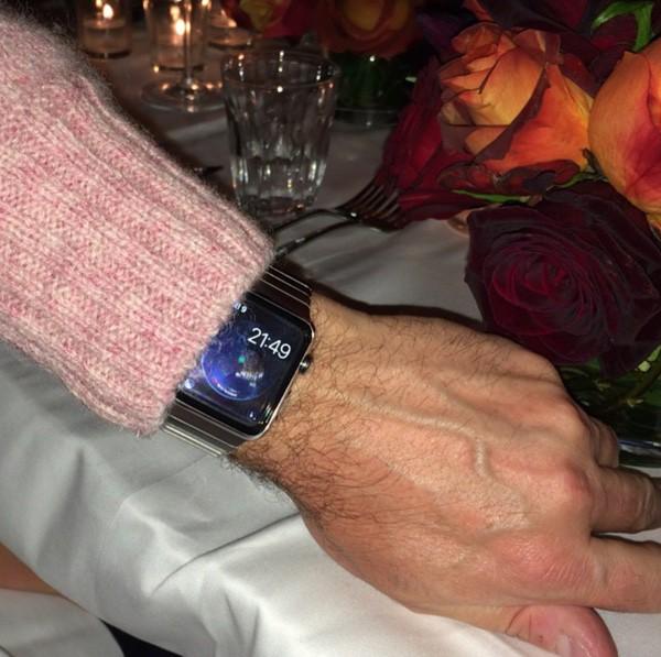 ¡Presta atención! El Apple Watch ya se deja ver por la calle en algunas muñecas