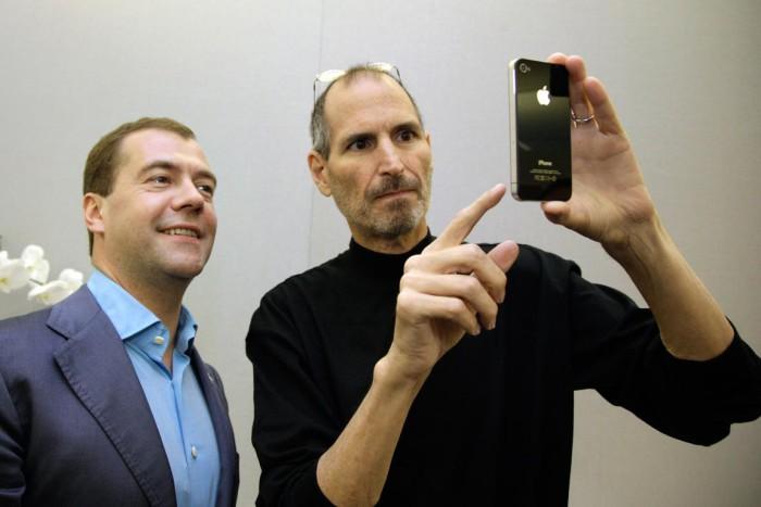 Steve Jobs Bob Iger