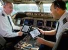 Cambiar papel por un iPad en un avión es una buena idea… hasta que algo falla