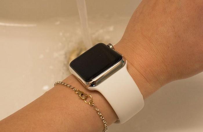 Corona Apple Watch