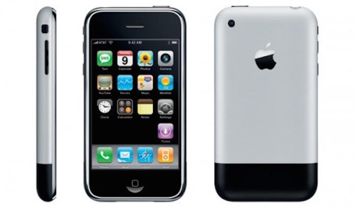 El iPhone cumple 8 años ¡Felicidades!