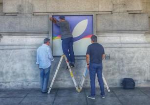 El Bill Graham Civic Auditorium se engalana para el evento de Apple