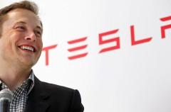 """El CEO de Tesla no tiene pelos en la lengua: """"Si no vales para mi empresa, siempre puedes trabajar en Apple"""""""