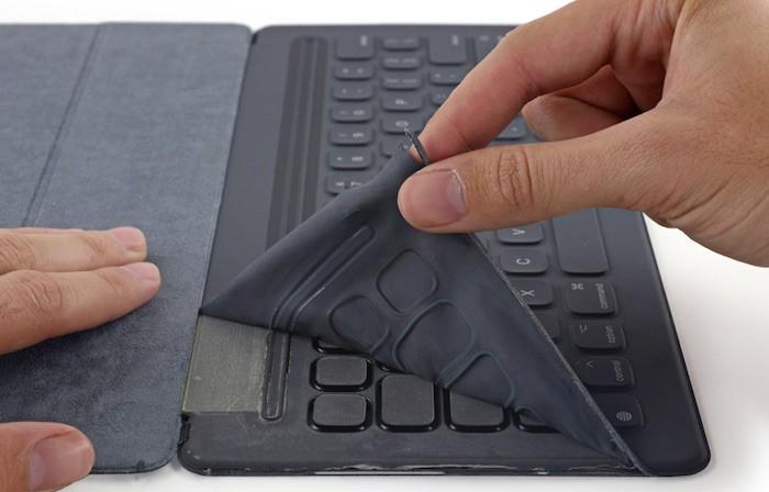 Smart-Keyboard-iFixit