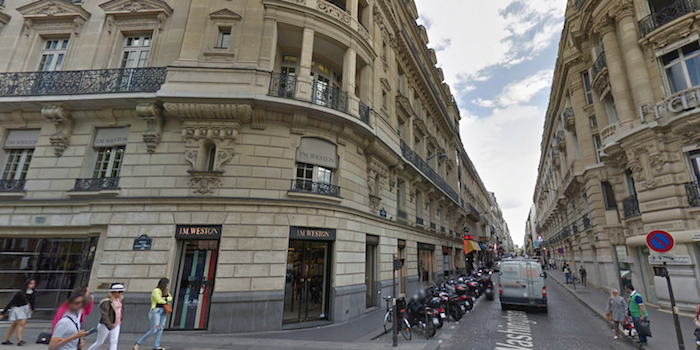 Apple Store Champs Elysées
