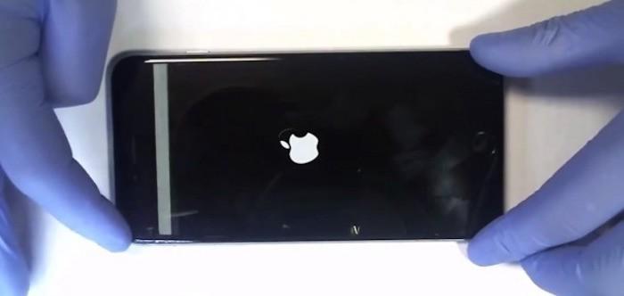 """La """"enfermedad táctil"""" del iPhone 6 y iPhone 6 Plus coparía el 11% de las reparaciones de las tiendas Apple"""
