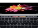 El MacBook Pro con Touch Bar estará en manos de los primeros compradores este mismo lunes
