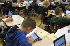 Reino Unido quiere limitar el uso del iPad en el aula para evitar casos de bullying