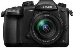 La nueva Lumix GH5 es la respuesta de Panasonic a los que aún lamentan la falta de lector de tarjetas en el MacBook Pro