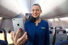 El uso de los móviles en los aviones seguirá estando prohibido
