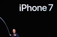 Tim Cook teme que los rumores del próximo iPhone afecten a las ventas de la generación actual