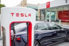 El nuevo rival de Apple Music y Spotify podría ser… Tesla