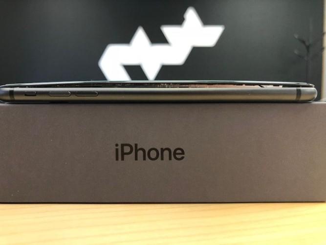 Aparecen nuevos casos de baterías dilatadas en el iPhone 8 Plus