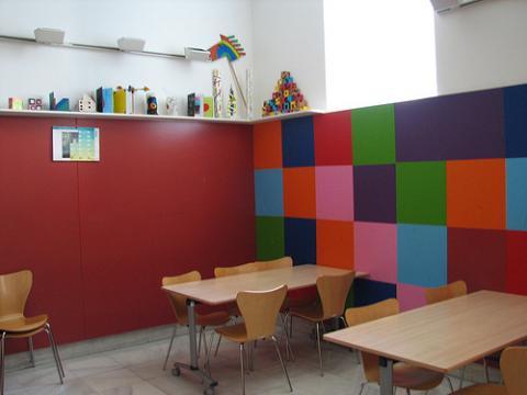 Madrid abre colegios para niños en Semana Santa
