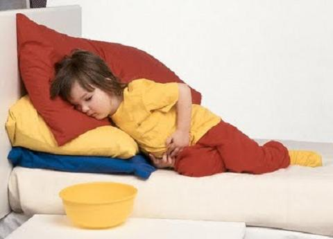 Asocian las infecciones estomacales graves en la infancia con síndrome de colon irritable