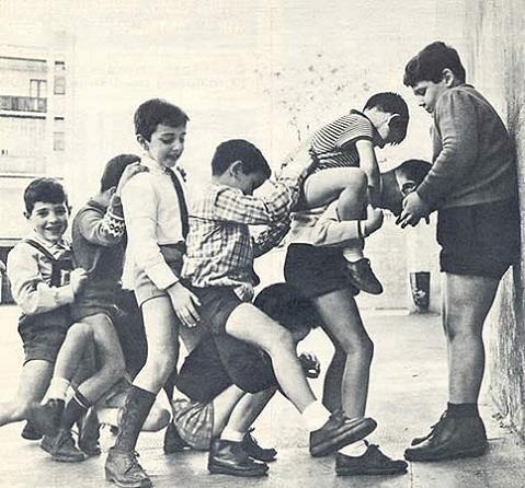 Juegos de siempre para jugar en la calle: Churro, mediamanga, mangotero