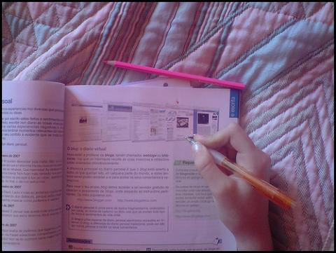 Asturias reduce las ayudas para libros de texto