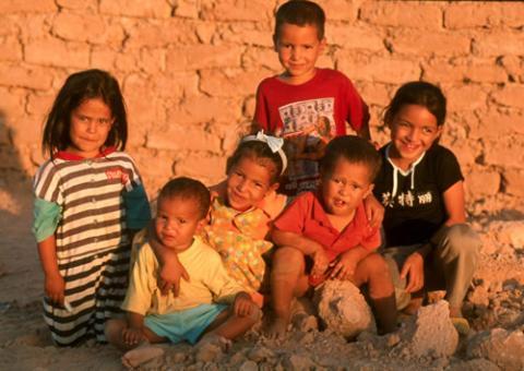 Más de 100 niños saharauis llegan a España a pasar el 'verano en paz'
