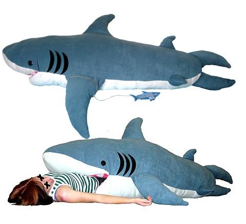 Dormir dentro de un tiburón, original saco de dormir