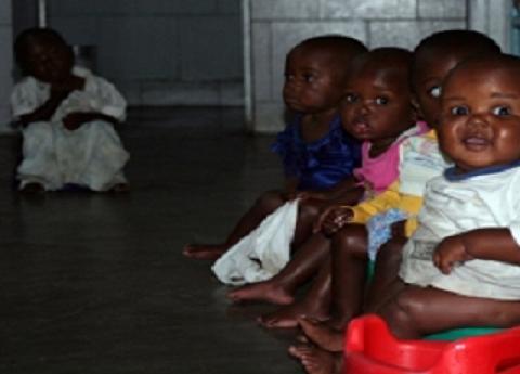 moncho-satoló muestra cómo es la infancia en Congo