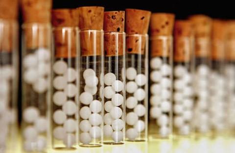 El botiquín homeopático imprescindible para tus hijos
