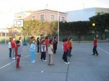 Juegos de siempre para jugar en la calle: Pies quietos