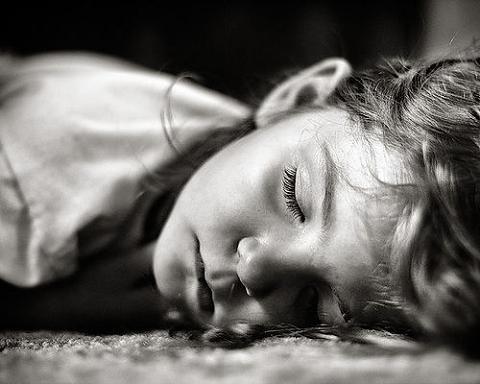 Una hora más de sueño ayuda a reducir el sobrepeso