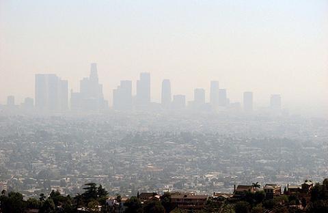 La contaminación daña los pulmones de los peques
