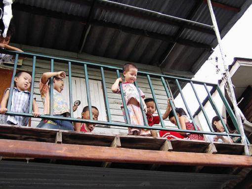Terrazas y balcones son un riesgo para los peques