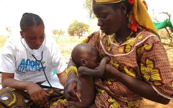 Quitar el hambre del mundo es cosa de niños