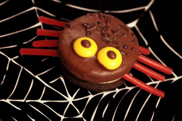 Receta para Halloween: Arañas de galleta