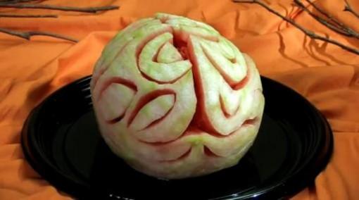 Terrorífica sandía para el postre de Halloween