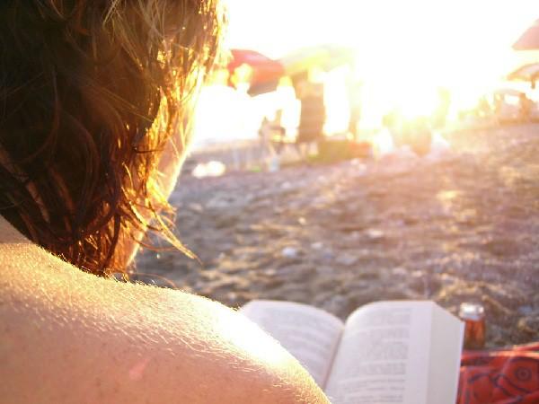 Leer durante las vacaciones ayuda a no perder la destreza