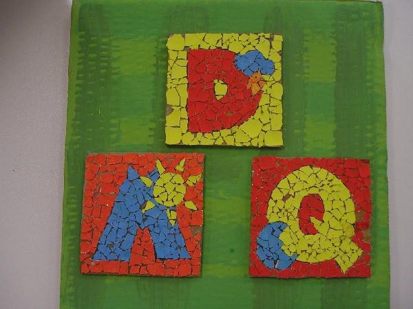 Manualidades infantiles: Mosaico con cáscaras de huevo
