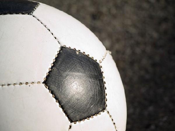 Los futbolistas y las maestras encabezan los puestos prioritarios