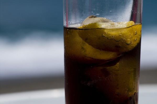 Evitemos el consumo de bebidas azucaradas
