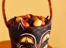 Manualidades de Halloween: Recipiente monstruoso para dulces