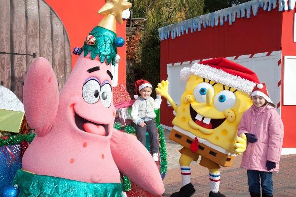 Personajes de series, actividades, espectáculos y la presencia de los Reyes Magos y Papa Noel