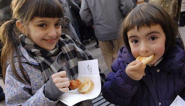 Tapas solidarias para ayudar a los niños autistas en Pamplona