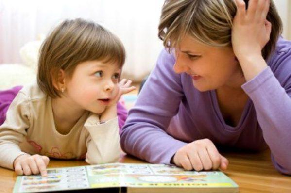 Los beneficios de la escucha activa con los niños