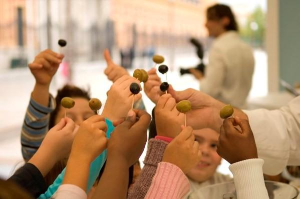 La aceituna, explosión de sabores en la dieta de los niños