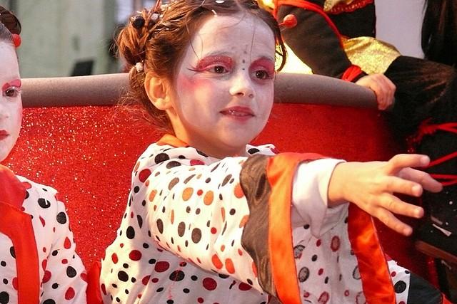Niña en carnaval
