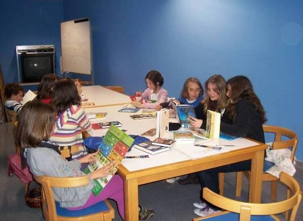 Se necesitan niños para un Club de Lectura en Arteixo