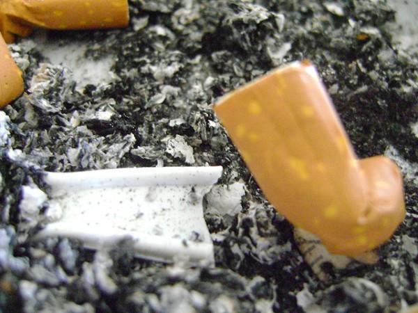 Tabaco que daña la salud