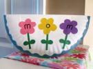 Ideas para el Día de la Madre: Tarjeta con plato de papel