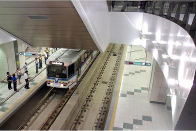 Niños gratis en el metro de Valencia