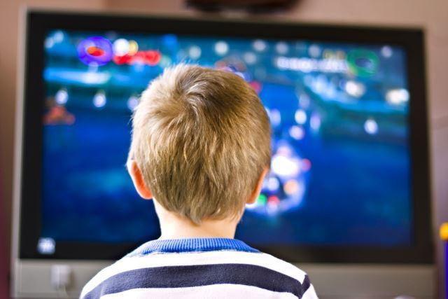 Demasiada televisión en los niños les causa depresión