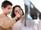 La escoliosis en los niños sigue sin diagnosticarse