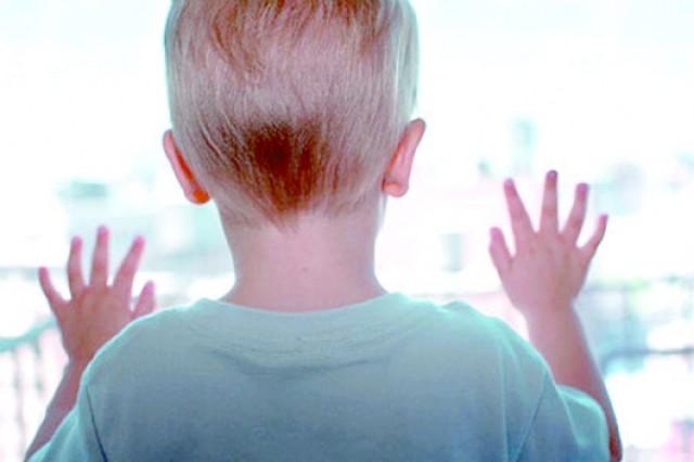 Demasiada información en el cerebro de los niños autistas