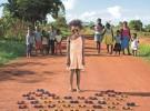 Fotografías impactantes: los niños del mundo y sus juguetes